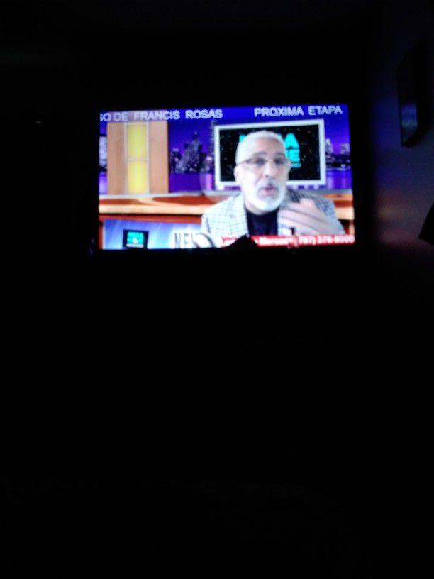 55' TELEVISION SMART TV