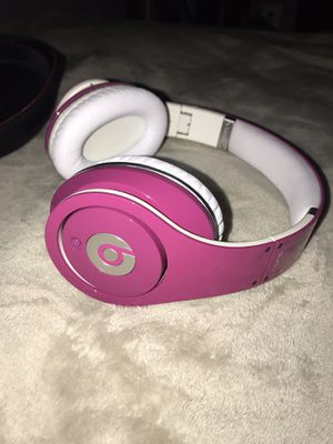 limited edition Pink studio beats for Sale in Frederick, MD