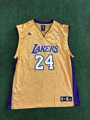 6aca77c65 Kobe Bryant Los Angeles Lakers Adidas NBA Jersey. Men s XXL  24 for Sale in