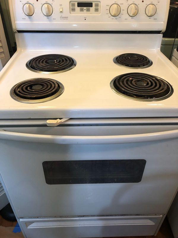 Oven ,need to go asap (Appliances) in Houston, TX - OfferUp