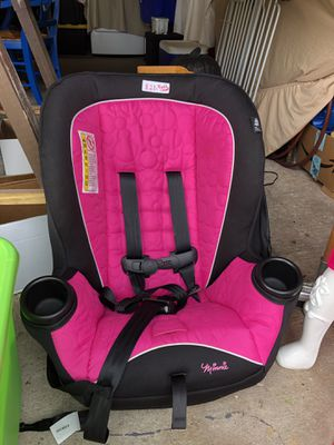 Photo PICK UP ONLY. 2017 Minnie Car Seat. Excellent Condition