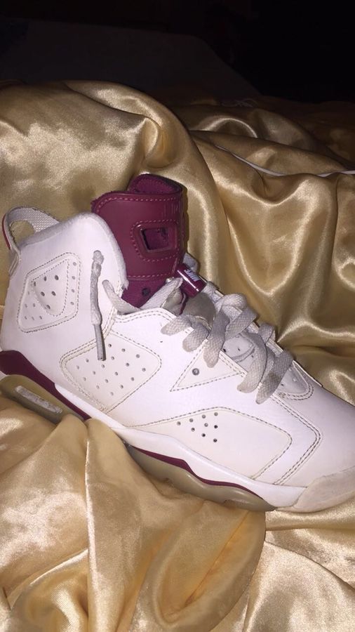 6972601b9c0c Air Jordan Maroon 6 for Sale in New Britain