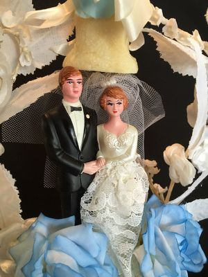 Vintage Wedding Cake Topper for Sale in Winter Garden, FL