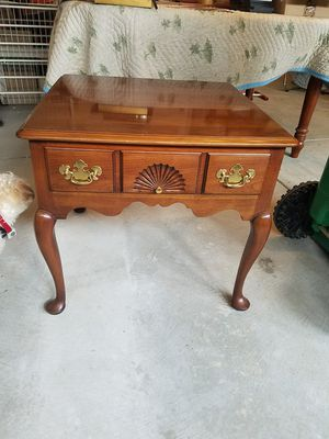 Stratton end table for Sale in Apex, NC