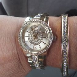 Gold Plated Watch And Bracelet Set Thumbnail