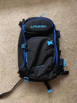 Brand new Dakine backpack for Sale in Los Angeles, CA