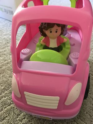 Like New Toy Car with 2 Figures. (N Phoenix 101 and Tatum Blvd) for Sale in Phoenix, AZ