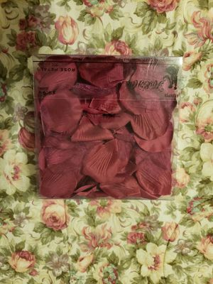 Burgundy flower petals for Sale in Salt Lake City, UT