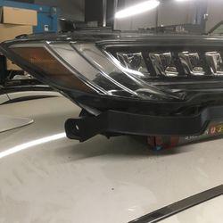 2016 2017 2018 Acura RDX Right Headlight Thumbnail