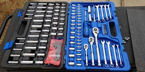 KOBALT 138 PC MECHANICS TOOL SET for Sale in Frisco, TX