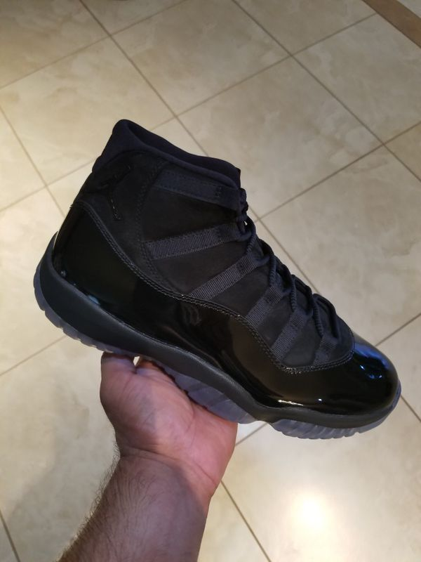 competitive price 3a622 2906f AIR JORDAN 11 CAP AND GOWN for Sale in Irvine, CA - OfferUp