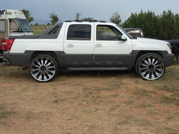2002 Chevy Avalanche On 28s For Sale In Santa Fe Nm Offerup