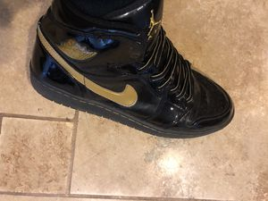 JORDAN #1 BLK & GLD CLASSICS for Sale in Denver, CO