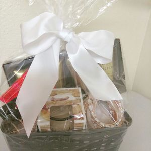 Baskets for all occasions❗🎁🎈🌹 for Sale in Orlando, FL