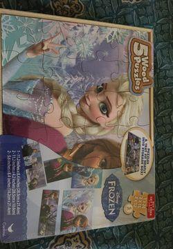Frozen wood puzzle Thumbnail