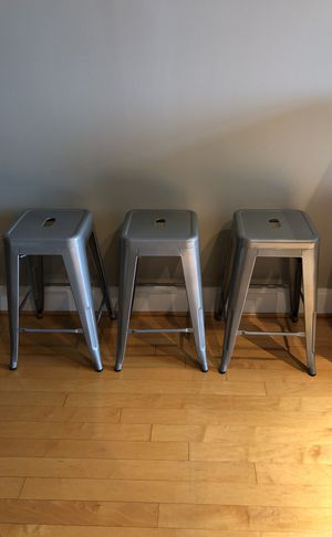 Silver metal counter height stools (3) for Sale in Washington, DC