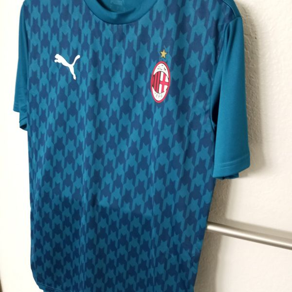 AC Milan Stadium Jersey 20/21 for Sale in Tacoma, WA - OfferUp