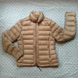 Woolrich down jacket for Sale in Atlanta, GA