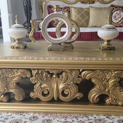 Gorgeous Table Set Thumbnail