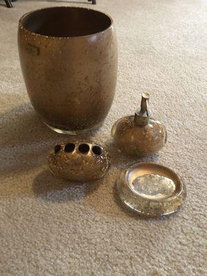 7 pieces, Bathroom accessories for Sale in Gainesville, VA