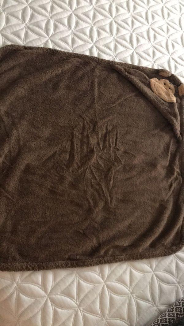 Restoration Hardware baby bath towel for Sale in Canton, MI - OfferUp