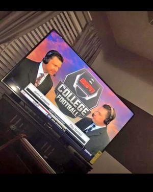 60 INCH TV for Sale in Atlanta, GA
