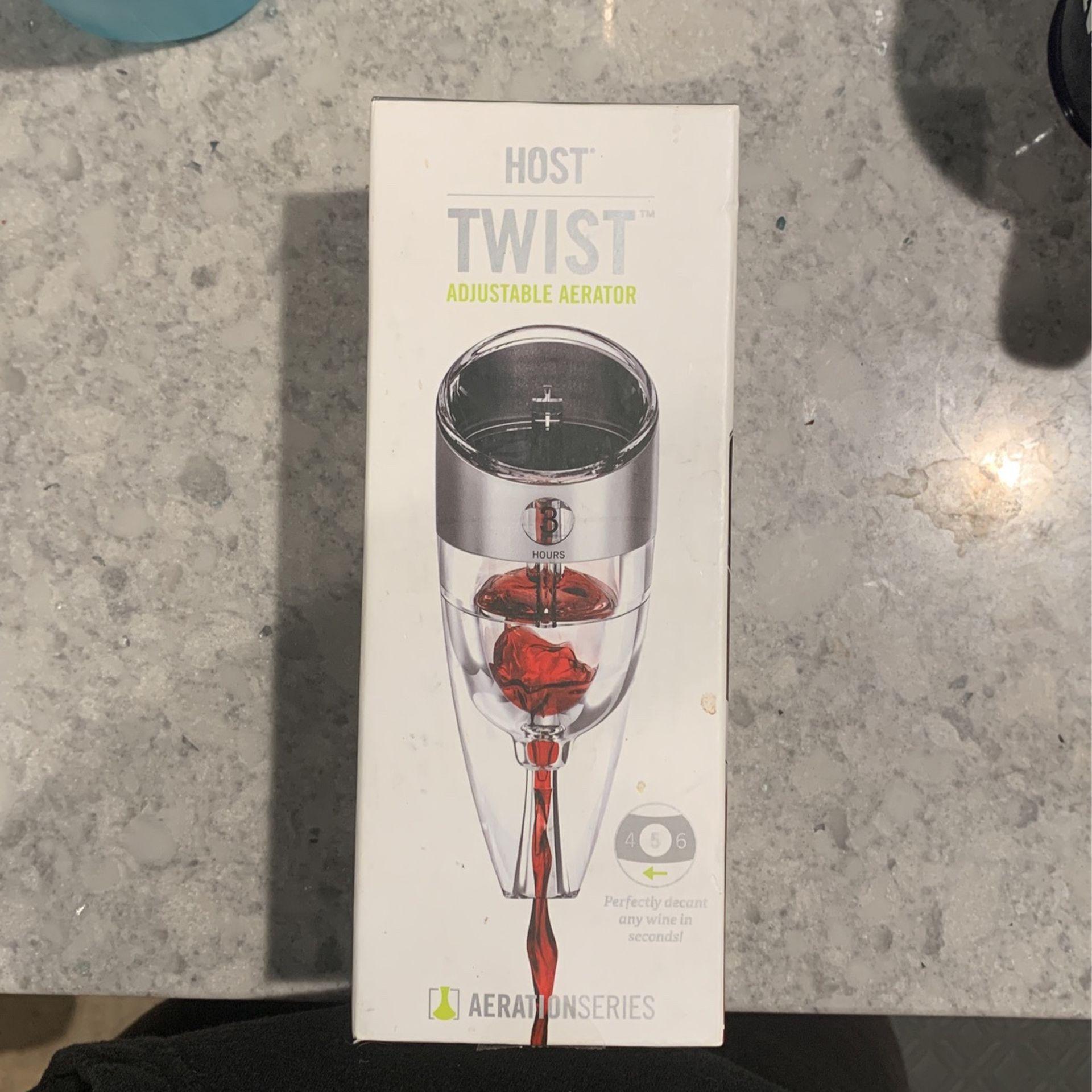 Host Twist Adjustable Aerator