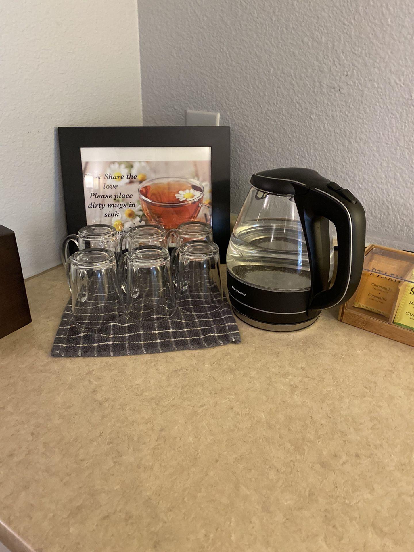 Tea pot, Mugs, And Bag (with Rack)