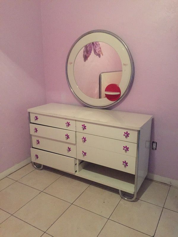 Free Lizzie Mcguire Girls Full Bedroom Set For Sale In Miami Fl Offerup