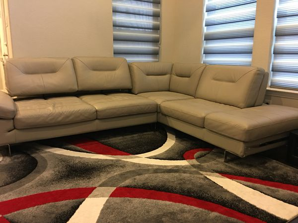 Italian Leather Recliner Sofa bought from Zilli Furniture for Sale ...
