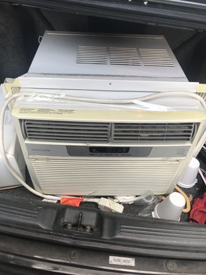 12000 BTU Frigidaire Air Conditionor A/C FRA125CT1 for Sale in New York, NY