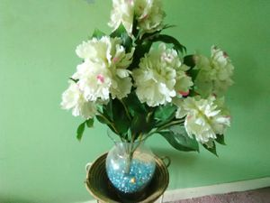 Beautiful artificial flowers bouquet in Glass Vase for Sale in Washington, DC