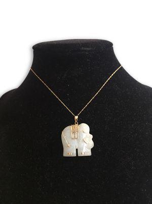 10k Jade Elephant Necklace for Sale in Lincolnia, VA