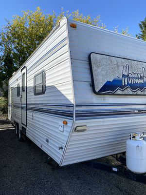 Photo 1997 Nomad Deluxe Travel Trailer