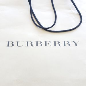 bec38a8c311 BURBERRY SHOPPING BAG 16 X 19 INCHES for Sale in Miami Beach, FL