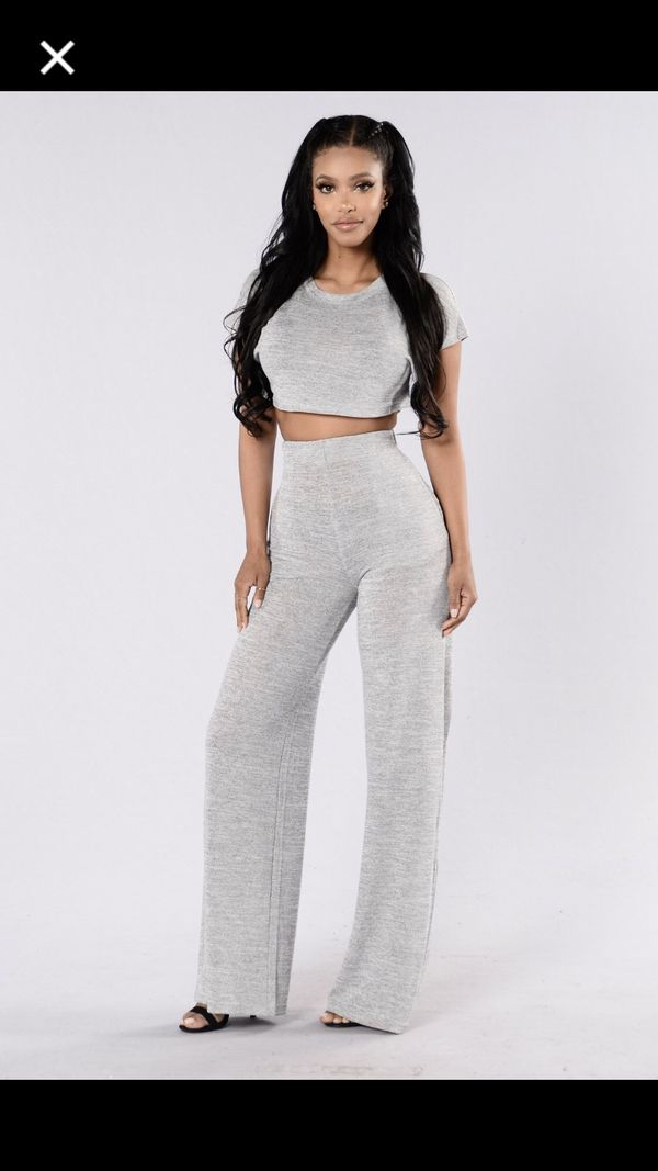 5663d795f58d96 Fashion Nova Lounge Pants Set (Size Large) for Sale in Houston
