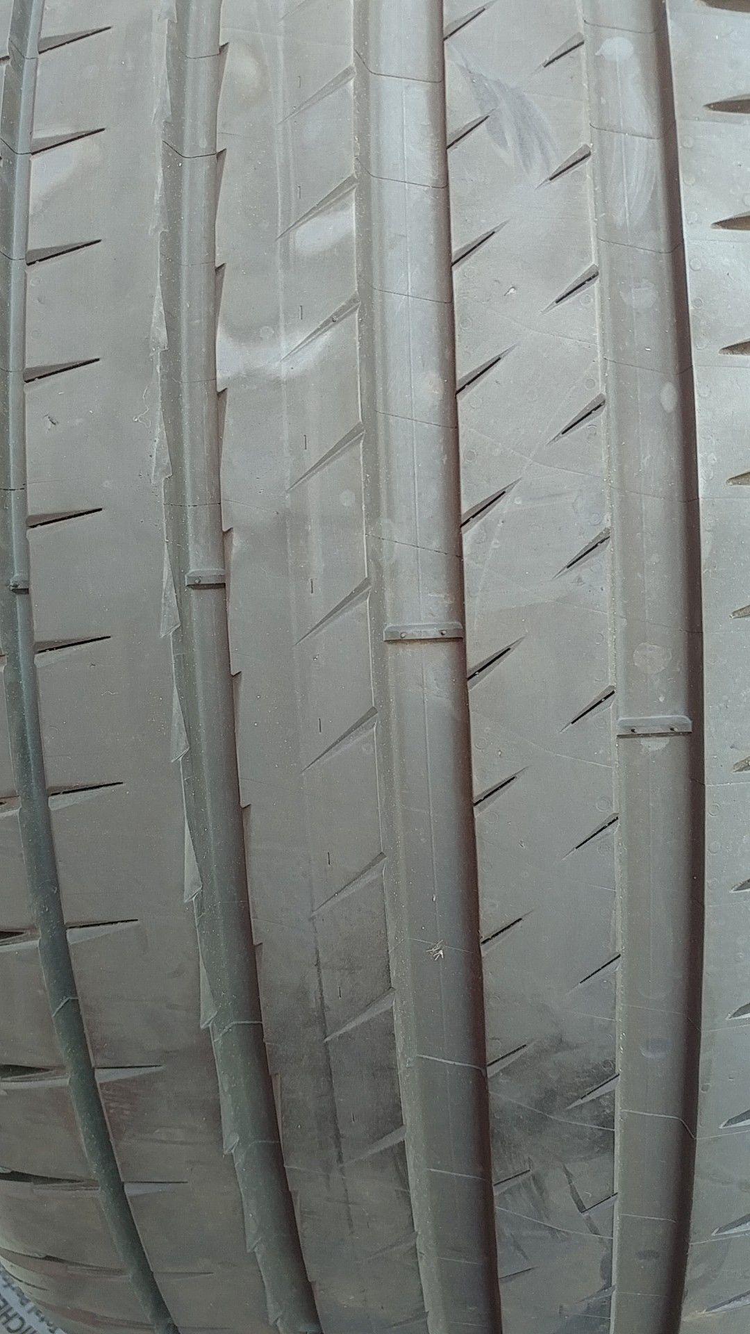 255 40 20 set of 4 Michelin pilot sport