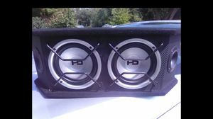 New Subs in nice carpeted and ported box with separate amp wiring kit (PLEASE READ INFO AND SEE PICTURES) for Sale in St. Louis, MO