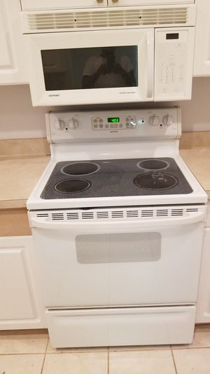 4 pc kitchen appliances package for Sale in Tampa, FL