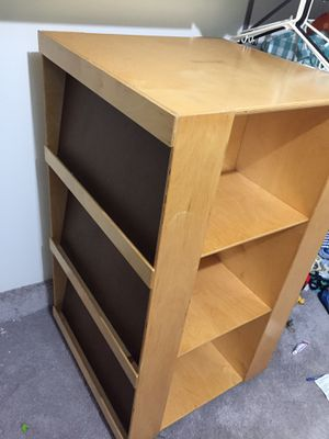 CHILDCRAFT 4-Sided Bookshelve for Sale in Beltsville, MD