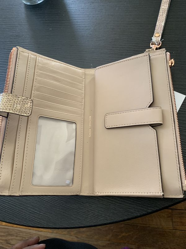 e788558270873e New and Used Small wallet for Sale in Richmond, VA - OfferUp
