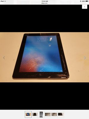 Apple iPad 2 32GB glass cracked works perfectly for Sale in Alexandria, VA