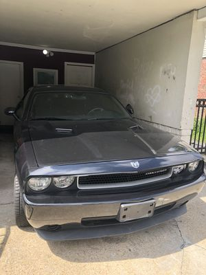Dodge Challenger black for Sale in Adelphi, MD