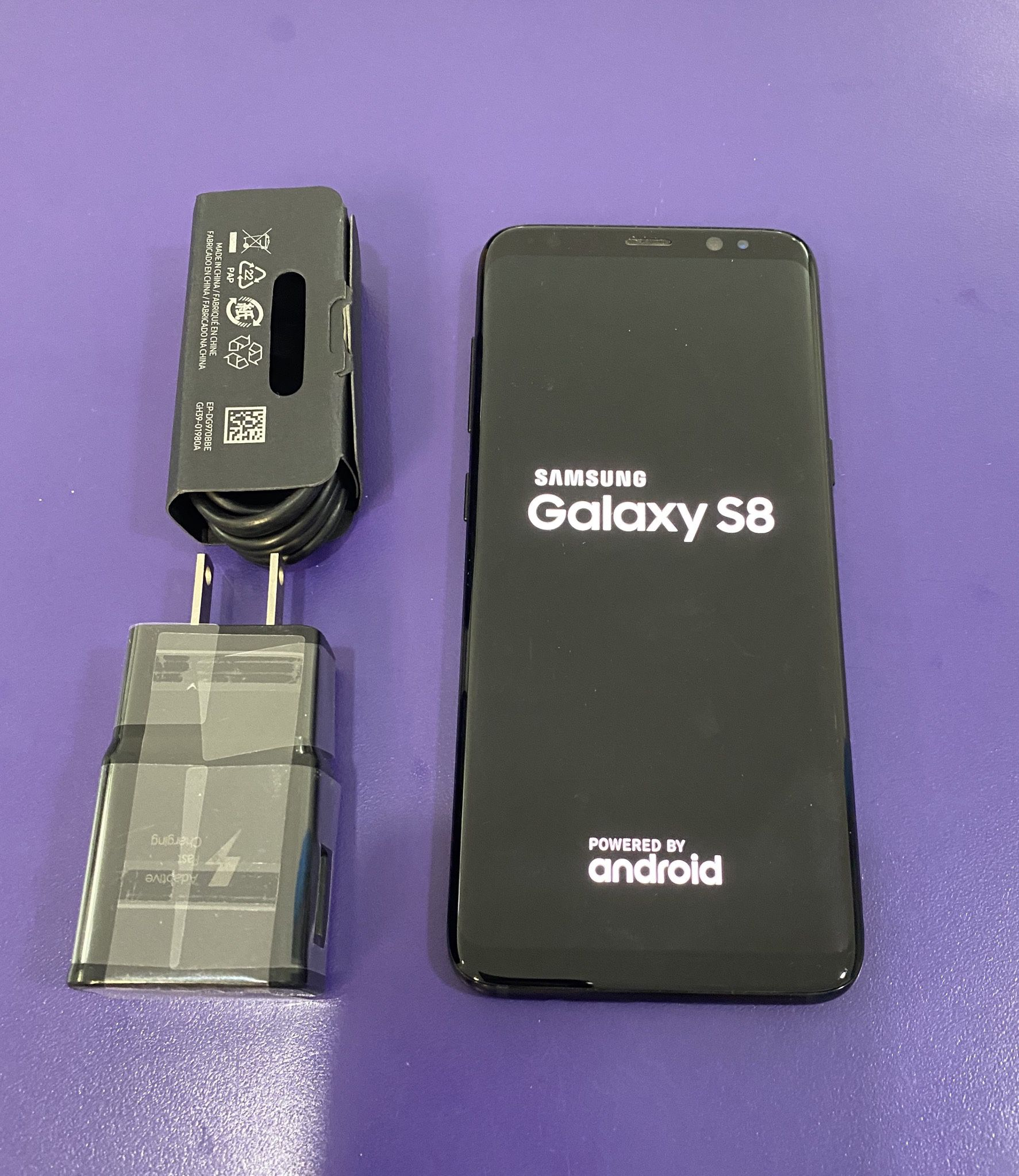 Samsung galaxy s8 (64gb) unlocked,Sold with store warranty