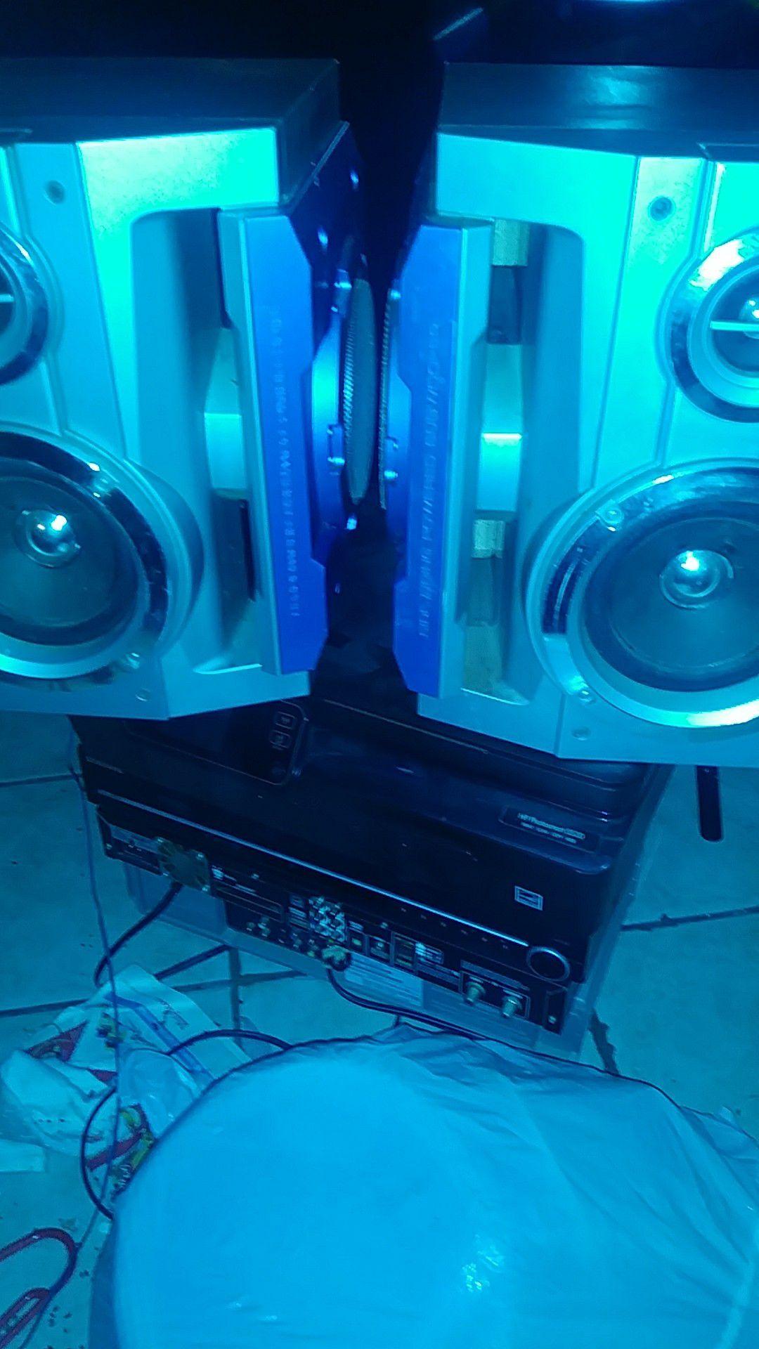 Sharp speaker's( subwoofer woofer and tweeter- 200 watts)