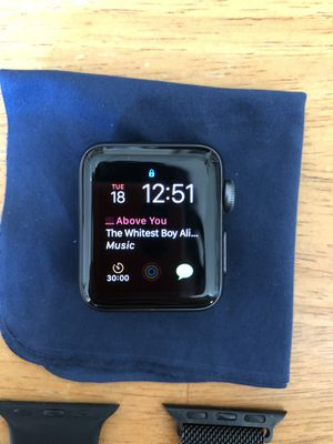 Apple Watch Series 3 38mm Space Gray GPS for Sale in Los Angeles, CA