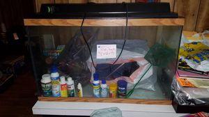 Fish tank 30 gallon for Sale in Concord, VA