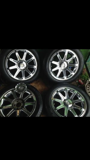 Photo Set of 18 inch Chrysler 300 Wheels and Tires