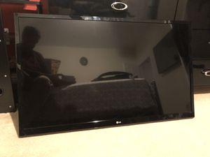 LG 47 in TV for Sale in Springfield, VA