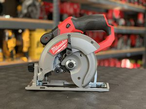 MILWAUKEE M12 FUEL CORDLESS 5-3/8in CIRCULAR SAW NO BATTERY OR CHARGER INCLUDED TOOL ONLY SOLO LA HERRAMIENTA for Sale in Moreno Valley, CA